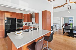 Photo 22: 110 10 Paul Kane Place in VICTORIA: VW Songhees Condo Apartment for sale (Victoria West)  : MLS®# 405428
