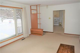 Photo 3: 689 Townsend Avenue in Winnipeg: Fort Richmond Residential for sale (1K)  : MLS®# 1901486