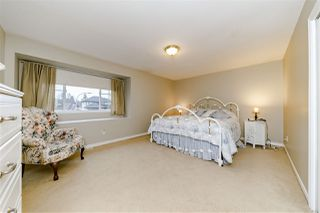Photo 12: 16973 60A Avenue in Surrey: Cloverdale BC House for sale (Cloverdale)  : MLS®# R2361966