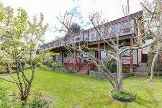 """Photo 20: 98 WOODLAND Drive in Delta: Tsawwassen East House for sale in """"TERRACE"""" (Tsawwassen)  : MLS®# R2362123"""