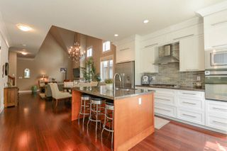 """Photo 6: 37 3109 161 Street in Surrey: Grandview Surrey Townhouse for sale in """"WILLS CREEK"""" (South Surrey White Rock)  : MLS®# R2362651"""