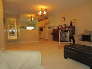 Photo 5: 106 101 Swindon in Winnipeg: Tuxedo Condo for sale ()
