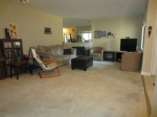 Photo 3: 106 101 Swindon in Winnipeg: Tuxedo Condo for sale ()