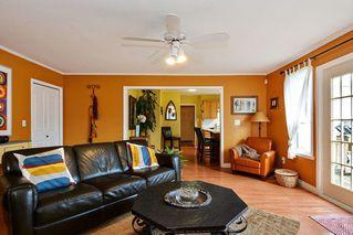 Photo 9: 14436 17 Avenue in Surrey: Sunnyside Park Surrey House for sale (South Surrey White Rock)  : MLS®# R2373739