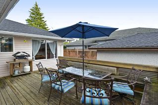 Photo 19: 14436 17 Avenue in Surrey: Sunnyside Park Surrey House for sale (South Surrey White Rock)  : MLS®# R2373739