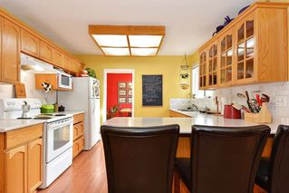 Photo 7: 14436 17 Avenue in Surrey: Sunnyside Park Surrey House for sale (South Surrey White Rock)  : MLS®# R2373739