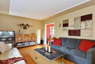 Photo 3: 14436 17 Avenue in Surrey: Sunnyside Park Surrey House for sale (South Surrey White Rock)  : MLS®# R2373739