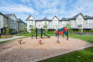 Photo 2: 9 8050 204 Street in Langley: Willoughby Heights Townhouse for sale : MLS®# R2373699