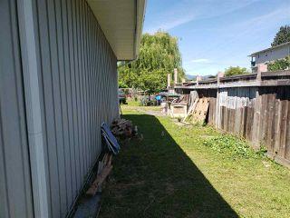 Photo 3: 12667 115 Avenue in Surrey: Bridgeview House for sale (North Surrey)  : MLS®# R2379882