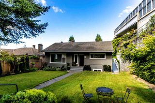 "Main Photo: 2421 JONES Avenue in North Vancouver: Central Lonsdale House for sale in ""CENTRAL LONSDALE"" : MLS®# R2382572"