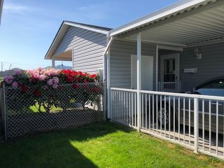 """Photo 2: 58 45918 KNIGHT Road in Sardis: Sardis East Vedder Rd House for sale in """"COUNTRY PARK VILLAGE"""" : MLS®# R2385975"""