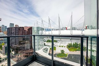 Photo 9: 2052 38 SMITHE Street in Vancouver: Downtown VW Condo for sale (Vancouver West)  : MLS®# R2391602