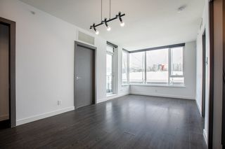 Photo 3: 2052 38 SMITHE Street in Vancouver: Downtown VW Condo for sale (Vancouver West)  : MLS®# R2391602