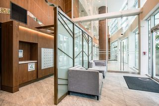 Photo 2: 2052 38 SMITHE Street in Vancouver: Downtown VW Condo for sale (Vancouver West)  : MLS®# R2391602