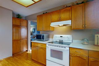 Photo 3: 6327 159 Avenue in Edmonton: Zone 03 House for sale : MLS®# E4188496