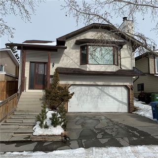 Main Photo: 44 HAWKCLIFF Way NW in Calgary: Hawkwood Detached for sale : MLS®# C4288577