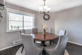 """Photo 5: 52 19060 FORD Road in Pitt Meadows: Central Meadows Townhouse for sale in """"REGENCY COURT"""" : MLS®# R2445894"""