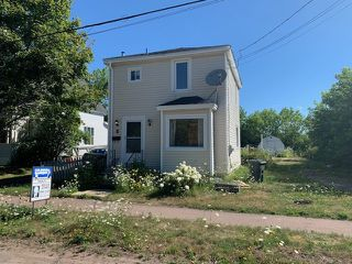Photo 1: 8 Lusby Street in Amherst: 101-Amherst,Brookdale,Warren Residential for sale (Northern Region)  : MLS®# 202014770