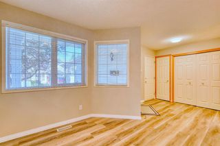 Photo 14: 6 LINCOLN Green SW in Calgary: Lincoln Park Row/Townhouse for sale : MLS®# A1026784