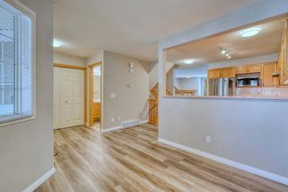 Photo 15: 6 LINCOLN Green SW in Calgary: Lincoln Park Row/Townhouse for sale : MLS®# A1026784