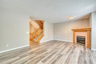 Photo 6: 6 LINCOLN Green SW in Calgary: Lincoln Park Row/Townhouse for sale : MLS®# A1026784