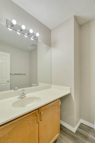 Photo 16: 6 LINCOLN Green SW in Calgary: Lincoln Park Row/Townhouse for sale : MLS®# A1026784
