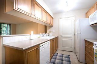 Photo 7: 705 5639 HAMPTON Place in Vancouver: University VW Condo for sale (Vancouver West)  : MLS®# R2502631