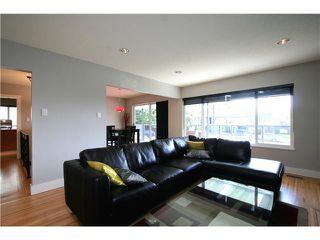 Photo 2: 7081 Sherritt Court in Burnaby: Sperling-Duthie House for sale (Burnaby North)  : MLS®# V884522