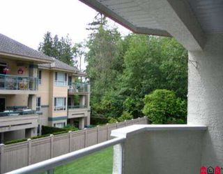 Photo 7: 216 2239 152ND ST in White Rock: Sunnyside Park Surrey Condo for sale (South Surrey White Rock)  : MLS®# F2510686