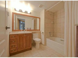 "Photo 10: 306 15111 RUSSELL Avenue: White Rock Condo for sale in ""Pacific Terrace"" (South Surrey White Rock)  : MLS®# F1400438"