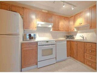 "Photo 5: 306 15111 RUSSELL Avenue: White Rock Condo for sale in ""Pacific Terrace"" (South Surrey White Rock)  : MLS®# F1400438"
