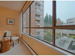 "Photo 3: 306 15111 RUSSELL Avenue: White Rock Condo for sale in ""Pacific Terrace"" (South Surrey White Rock)  : MLS®# F1400438"