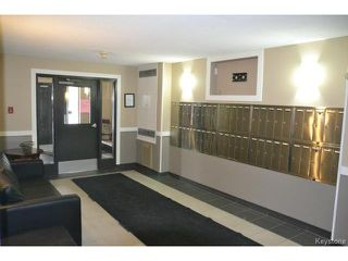 Photo 12: 9 Arden Avenue in WINNIPEG: St Vital Condominium for sale (South East Winnipeg)  : MLS®# 1401505