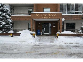 Photo 1: 9 Arden Avenue in WINNIPEG: St Vital Condominium for sale (South East Winnipeg)  : MLS®# 1401505