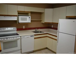 Photo 6: 9 Arden Avenue in WINNIPEG: St Vital Condominium for sale (South East Winnipeg)  : MLS®# 1401505