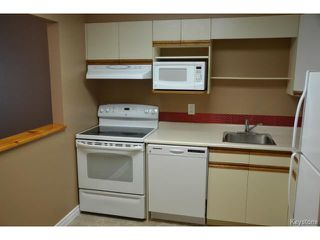 Photo 5: 9 Arden Avenue in WINNIPEG: St Vital Condominium for sale (South East Winnipeg)  : MLS®# 1401505