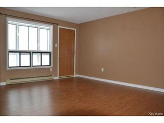 Photo 2: 9 Arden Avenue in WINNIPEG: St Vital Condominium for sale (South East Winnipeg)  : MLS®# 1401505
