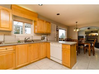 Photo 8: 7961 ROSEWOOD Street in Burnaby: Burnaby Lake House for sale (Burnaby South)  : MLS®# V1112779