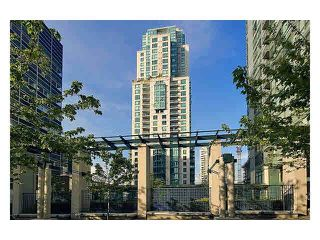 "Photo 1: 2105 1238 MELVILLE Street in Vancouver: Coal Harbour Condo for sale in ""Point Claire"" (Vancouver West)  : MLS®# V1132813"
