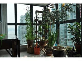 "Photo 7: 2105 1238 MELVILLE Street in Vancouver: Coal Harbour Condo for sale in ""Point Claire"" (Vancouver West)  : MLS®# V1132813"