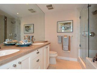 "Photo 8: 801 14824 NORTH BLUFF Road: White Rock Condo for sale in ""Belaire"" (South Surrey White Rock)  : MLS®# F1446029"