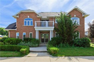 Main Photo: 2 S Evergreens Drive in Grimsby: House (2-Storey) for sale : MLS®# X3279817
