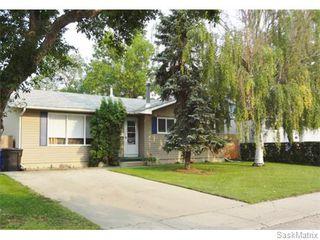 Main Photo: 134 Vanier Crescent in Saskatoon: Pacific Heights Single Family Dwelling for sale (Saskatoon Area 05)  : MLS®# 549522