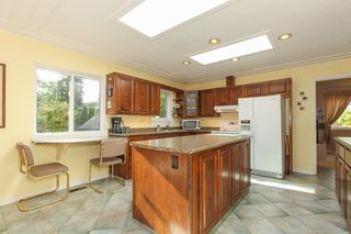 Photo 8: 4986 KADOTA Drive in Delta: Tsawwassen Central House for sale (Tsawwassen)  : MLS®# R2008649