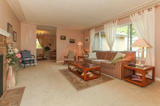 Photo 3: 4986 KADOTA Drive in Delta: Tsawwassen Central House for sale (Tsawwassen)  : MLS®# R2008649