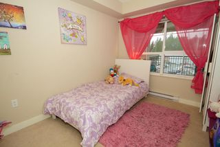 "Photo 6: 421 19673 MEADOW GARDENS Way in Pitt Meadows: North Meadows PI Condo for sale in ""THE FAIRWAYS"" : MLS®# R2014157"