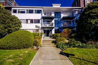 "Photo 16: 2 1450 CHESTERFIELD Avenue in North Vancouver: Central Lonsdale Condo for sale in ""MOUNTAINVIEW"" : MLS®# R2051749"