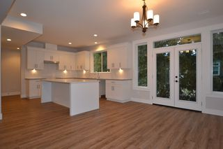 """Photo 4: 2 33973 HAZELWOOD Avenue in Abbotsford: Central Abbotsford House for sale in """"Heron Pointe"""" : MLS®# R2102276"""