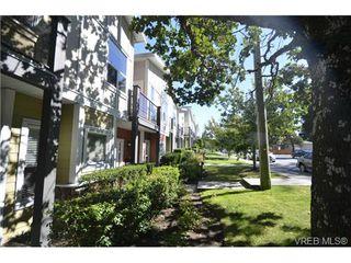 Photo 2: 878 Brock Avenue in VICTORIA: La Langford Proper Townhouse for sale (Langford)  : MLS®# 370068