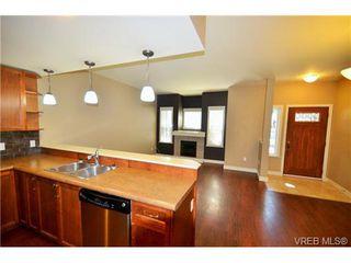 Photo 4: 878 Brock Avenue in VICTORIA: La Langford Proper Townhouse for sale (Langford)  : MLS®# 370068